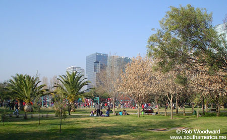 Parque Araucano en Las Condes, Santiago, Chile
