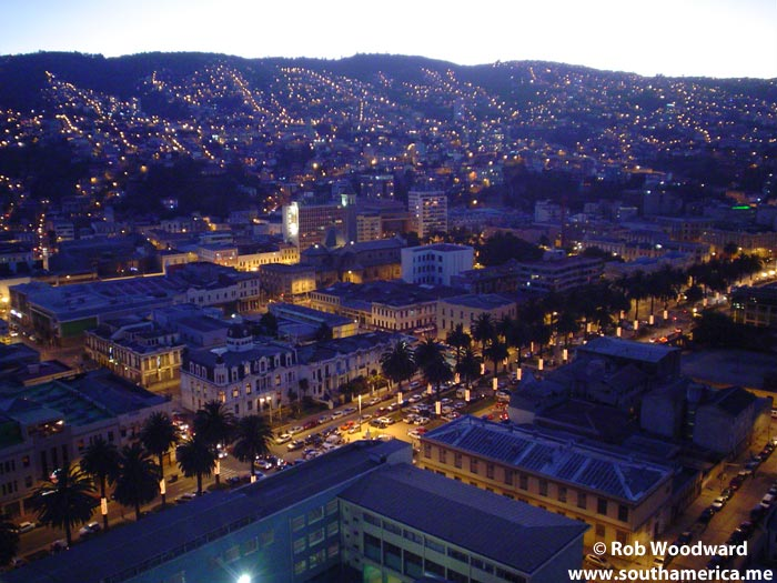 The hills of Valparaiso at night