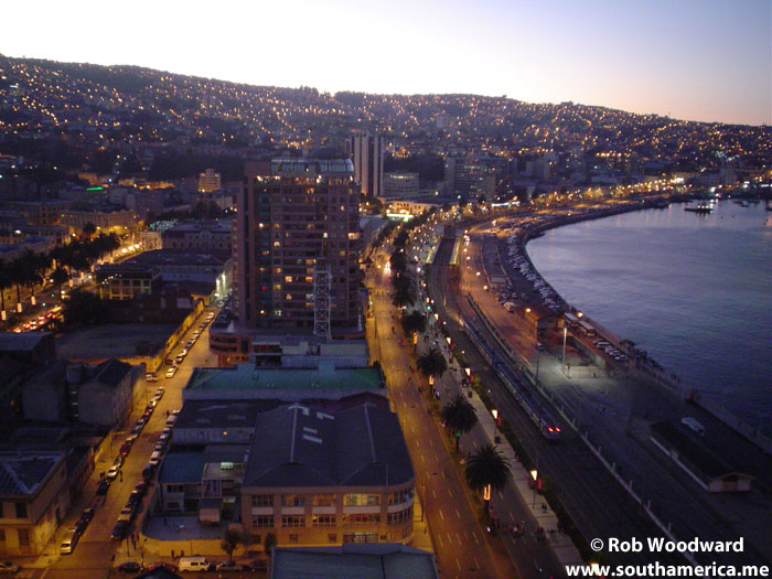 The Valparaiso waterfront at night